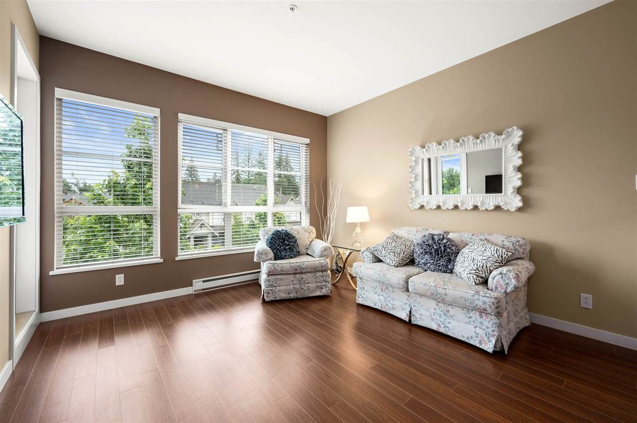 """Photo 9: Photos: 309 23215 BILLY BROWN Road in Langley: Fort Langley Condo for sale in """"WATERFRONT at Bedford Landing"""" : MLS®# R2472976"""