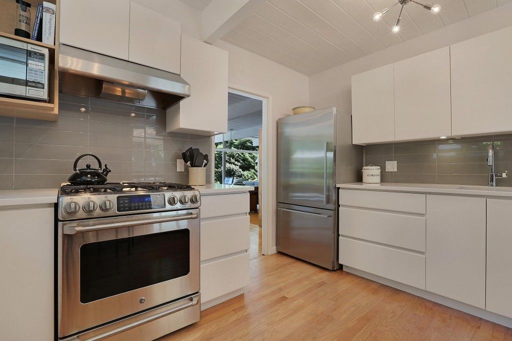 Photo 5: Photos:  in West Vancouver: Eagle Harbour House for sale : MLS®# R2170953