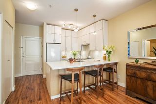 """Photo 7: 310 1388 NELSON Street in Vancouver: West End VW Condo for sale in """"Andaluca"""" (Vancouver West)  : MLS®# R2616916"""