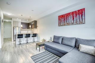 """Photo 7: 205 6468 195A Street in Surrey: Clayton Condo for sale in """"Yale Bloc Building 1"""" (Cloverdale)  : MLS®# R2456985"""