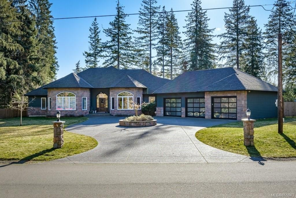 Main Photo: G 1962 Quenville Rd in : CV Courtenay North House for sale (Comox Valley)  : MLS®# 865943