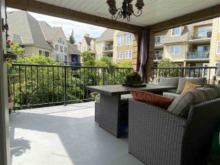 Photo 2: 304 1369 56 STREET in Delta: Cliff Drive Condo for sale (Tsawwassen)  : MLS®# R2464890