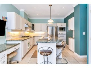 """Photo 10: 54 2533 152 Street in Surrey: Sunnyside Park Surrey Townhouse for sale in """"BISHOPS GREEN"""" (South Surrey White Rock)  : MLS®# R2456526"""