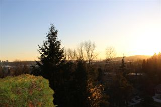 """Photo 40: 25 320 DECAIRE Street in Coquitlam: Central Coquitlam Townhouse for sale in """"OUTLOOK"""" : MLS®# R2538646"""