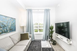 Photo 3: 306 6438 195A Street in Surrey: Clayton Condo for sale (Cloverdale)  : MLS®# R2457034