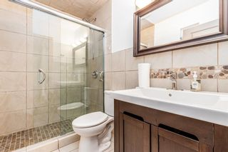Photo 15: 2655 Charlebois Drive NW in Calgary: Charleswood Detached for sale : MLS®# A1133366