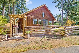 Photo 3: 2378 Ployart Rd in Black Creek: CV Merville Black Creek House for sale (Comox Valley)  : MLS®# 886657