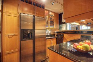 "Photo 3: 209 2125 W 2ND Avenue in Vancouver: Kitsilano Condo for sale in ""SUNNY LODGE"" (Vancouver West)  : MLS®# V840578"