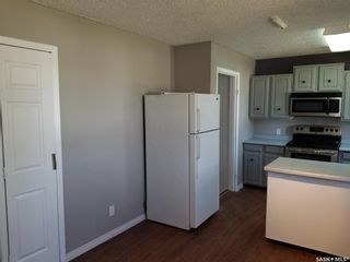 Photo 3: 424 6th Avenue East in Unity: Residential for sale : MLS®# SK852598