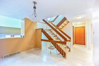 Photo 15: 7050 Edgemont Drive NW in Calgary: Edgemont Row/Townhouse for sale : MLS®# A1108400