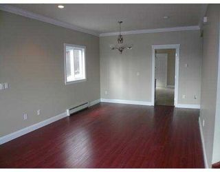 Photo 3: A 917 RODERICK Avenue in Coquitlam: Maillardville 1/2 Duplex for sale : MLS®# V704855