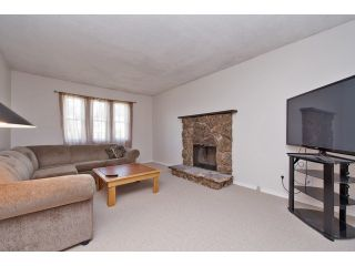 """Photo 3: 122 SPRINGFIELD Drive in Langley: Aldergrove Langley House for sale in """"SPRINGFIELD"""" : MLS®# F1441638"""