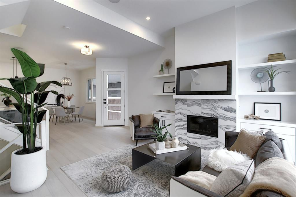 Introducing another exceptional inner-city project by experienced builder Chandan Homes! Luxurious townhomes offering a convenient lifestyle – less than 5min walk from LRT on inner-city street and closeto 17 Ave and Marda Loop.