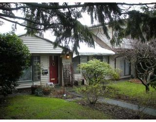 """Photo 1: 1408 SOWDEN Street in North Vancouver: Norgate House for sale in """"NORRGATE"""" : MLS®# V803089"""