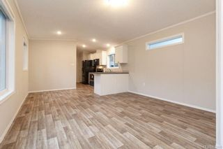 Photo 3: 10 2607 Selwyn Rd in : La Mill Hill Manufactured Home for sale (Langford)  : MLS®# 872899