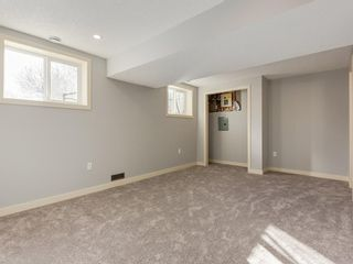 Photo 19: 25 Silverdale PL NW in Calgary: Silver Springs House for sale : MLS®# C4290404