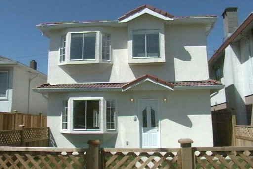 Main Photo: 6075 VICTORIA DRIVE in : Killarney VE 1/2 Duplex for sale : MLS®# V378365