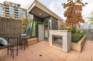 "Photo 1: 315 288 W 1ST Avenue in Vancouver: False Creek Condo for sale in ""JAMES"" (Vancouver West)  : MLS®# R2511777"