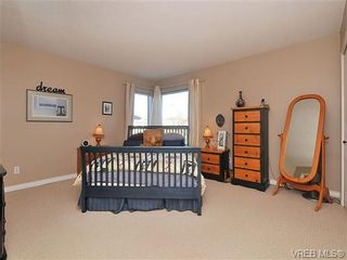 Photo 15: 207 420 Parry Street in VICTORIA: Vi James Bay Residential for sale (Victoria)  : MLS®# 332096