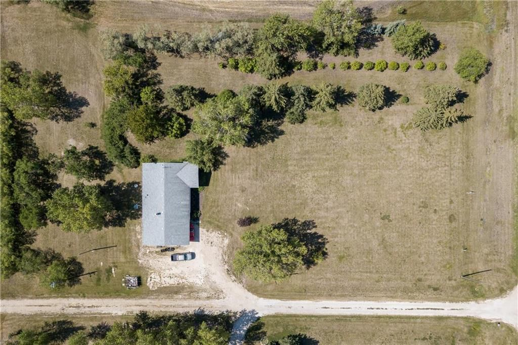 Photo 16: Photos: 6040 PTH 2 . Highway in Oak Bluff: RM of MacDonald Residential for sale (R08)  : MLS®# 202021001