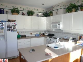 "Photo 3: # 4 14909 32ND AV in Surrey: King George Corridor Condo for sale in ""Ponderosa Station"" (South Surrey White Rock)  : MLS®# F1112168"