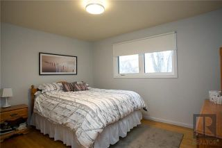 Photo 9: 25 Pembroke Road in Winnipeg: Windsor Park Residential for sale (2G)  : MLS®# 1829561