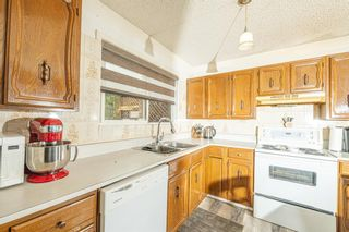 Photo 11: 191 Rundlemere Road NE in Calgary: Rundle Detached for sale : MLS®# A1134909
