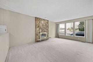 Photo 2: 11071 NO. 2 Road in Richmond: Westwind House for sale : MLS®# R2529644