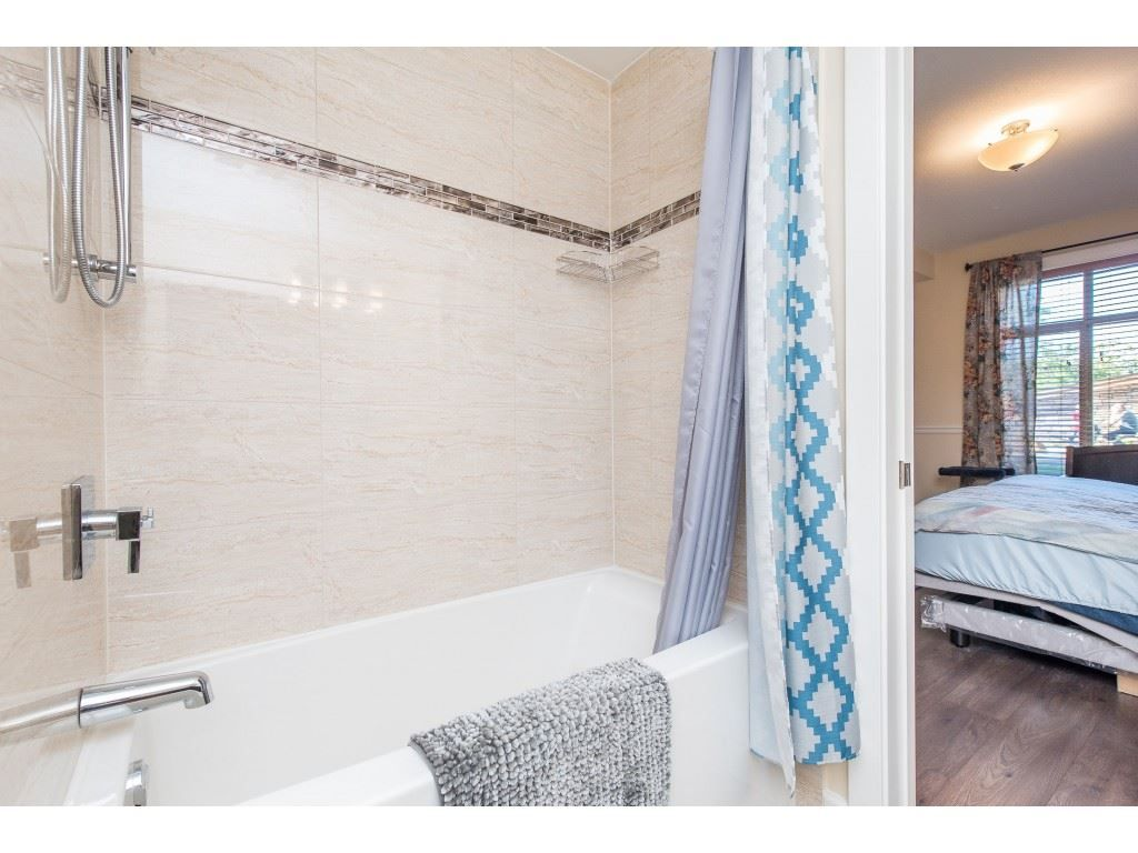 """Photo 21: Photos: A110 20716 WILLOUGHBY TOWN CENTRE Drive in Langley: Willoughby Heights Condo for sale in """"Yorkson Downs"""" : MLS®# R2491391"""