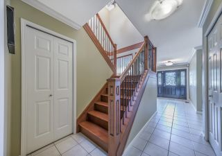 Photo 2: 8220 COLDFALL Court in Richmond: Boyd Park House for sale : MLS®# R2592335