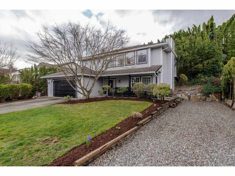 FEATURED LISTING: 30842 OSPREY Drive East Abbotsford