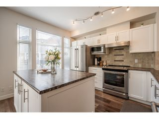 """Photo 4: 36 20120 68 Avenue in Langley: Willoughby Heights Townhouse for sale in """"The Oaks"""" : MLS®# R2560815"""