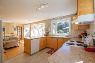 Photo 9: 4205 Armadale Rd in : GI Pender Island House for sale (Gulf Islands)  : MLS®# 885451