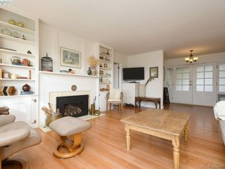 Photo 4: 1217 Mt. Newton Cross Rd in SAANICHTON: CS Inlet House for sale (Central Saanich)  : MLS®# 836296