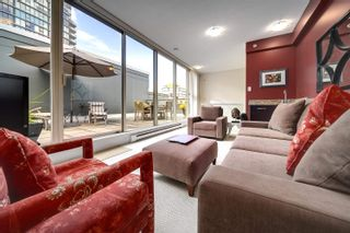 """Main Photo: 1421 W 7TH Avenue in Vancouver: Fairview VW Townhouse for sale in """"Siena of Portico"""" (Vancouver West)  : MLS®# R2624538"""