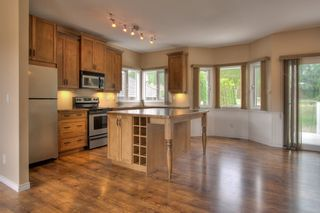Photo 1: 2214 Lillooet Crescent in Kelowna: Other for sale : MLS®# 10016192