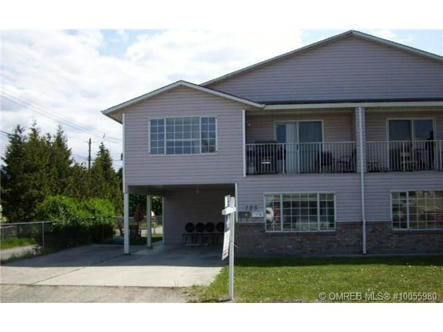 Main Photo: 721 Francis Avenue in Kelowna: Residential Detached for sale : MLS®# 10055980