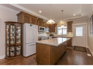 """Photo 3: 8615 CEDAR Street in Mission: Mission BC Condo for sale in """"Cedar Valley Row Homes"""" : MLS®# R2199726"""