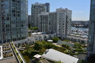 "Photo 1: 1005 189 DAVIE Street in Vancouver: Yaletown Condo for sale in ""Aquarius III"" (Vancouver West)  : MLS®# R2106888"