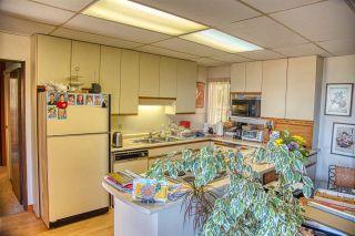 Photo 10: 2471 LOWER Road: Roberts Creek House for sale (Sunshine Coast)  : MLS®# R2366048