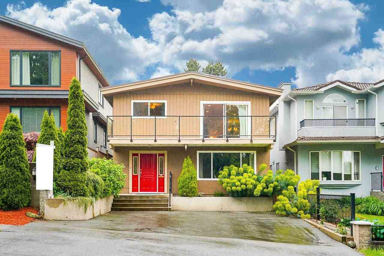 Main Photo: 111 N FELL Avenue in Burnaby: Capitol Hill BN House for sale (Burnaby North)  : MLS®# R2583790