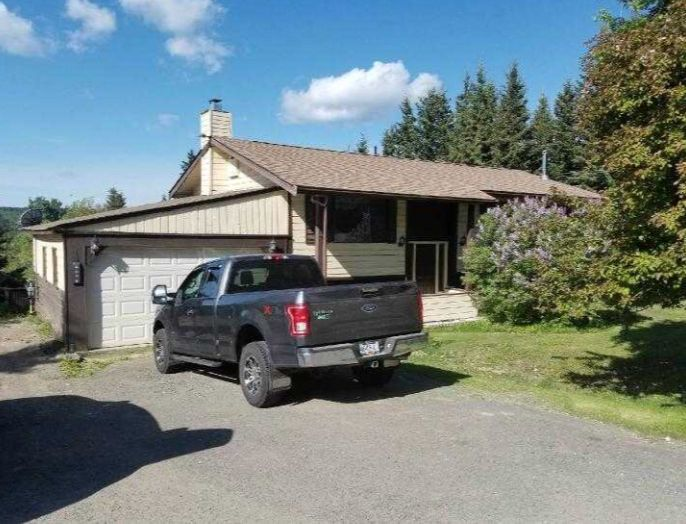 Main Photo: 6084 N Horse Lake Road in 100 Mile House: Horse Lake House for sale (100 Mile House (Zone 10))  : MLS®# R2236686