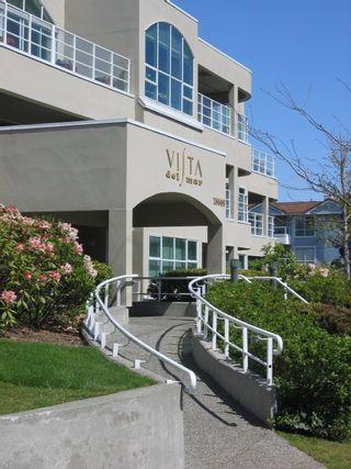 Photo 1: 110 15809 Marine Drive in Vista Del Mar: Home for sale