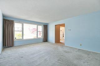 Photo 5: 8 Falk Avenue in Ottawa: Barrhaven House for sale