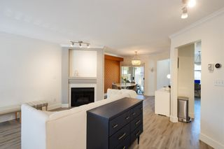 """Photo 4: 405 13900 HYLAND Road in Surrey: East Newton Townhouse for sale in """"HYLAND GROVE"""" : MLS®# R2605860"""