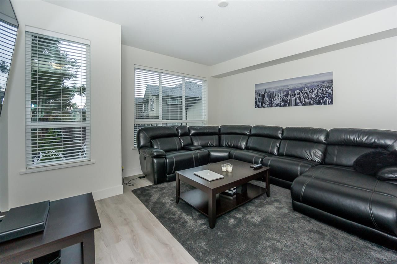 """Photo 9: Photos: 60 8570 204 Street in Langley: Willoughby Heights Townhouse for sale in """"WOODLAND PARK"""" : MLS®# R2225688"""