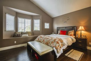 """Photo 21: 18468 66A Avenue in Surrey: Cloverdale BC House for sale in """"HEARTLAND"""" (Cloverdale)  : MLS®# R2476706"""