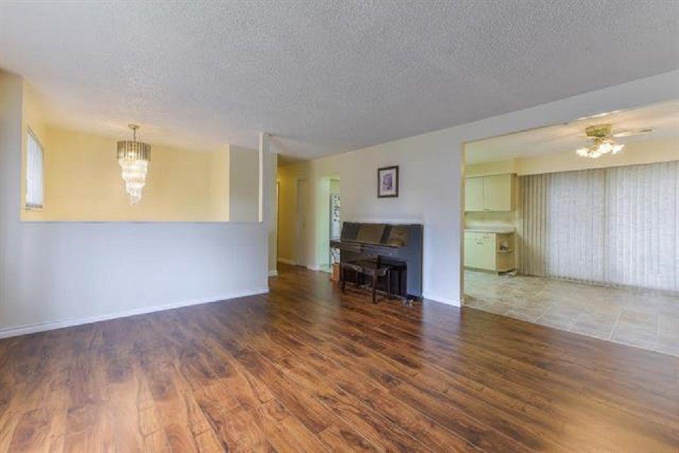 Photo 4: Photos: 9990 125 Street in Surrey: Cedar Hills House for sale (North Surrey)  : MLS®# R2395514