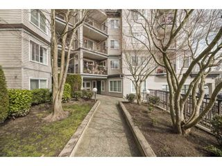 """Photo 2: 109 5765 GLOVER Road in Langley: Langley City Condo for sale in """"COLLEGE COURT"""" : MLS®# R2552863"""