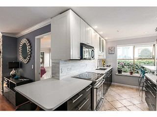 """Photo 7: 205 48 RICHMOND Street in New Westminster: Fraserview NW Condo for sale in """"GATEHOUSE PLACE"""" : MLS®# V1089533"""